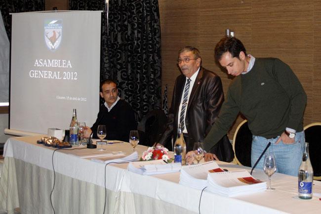 asamblea-2012-01